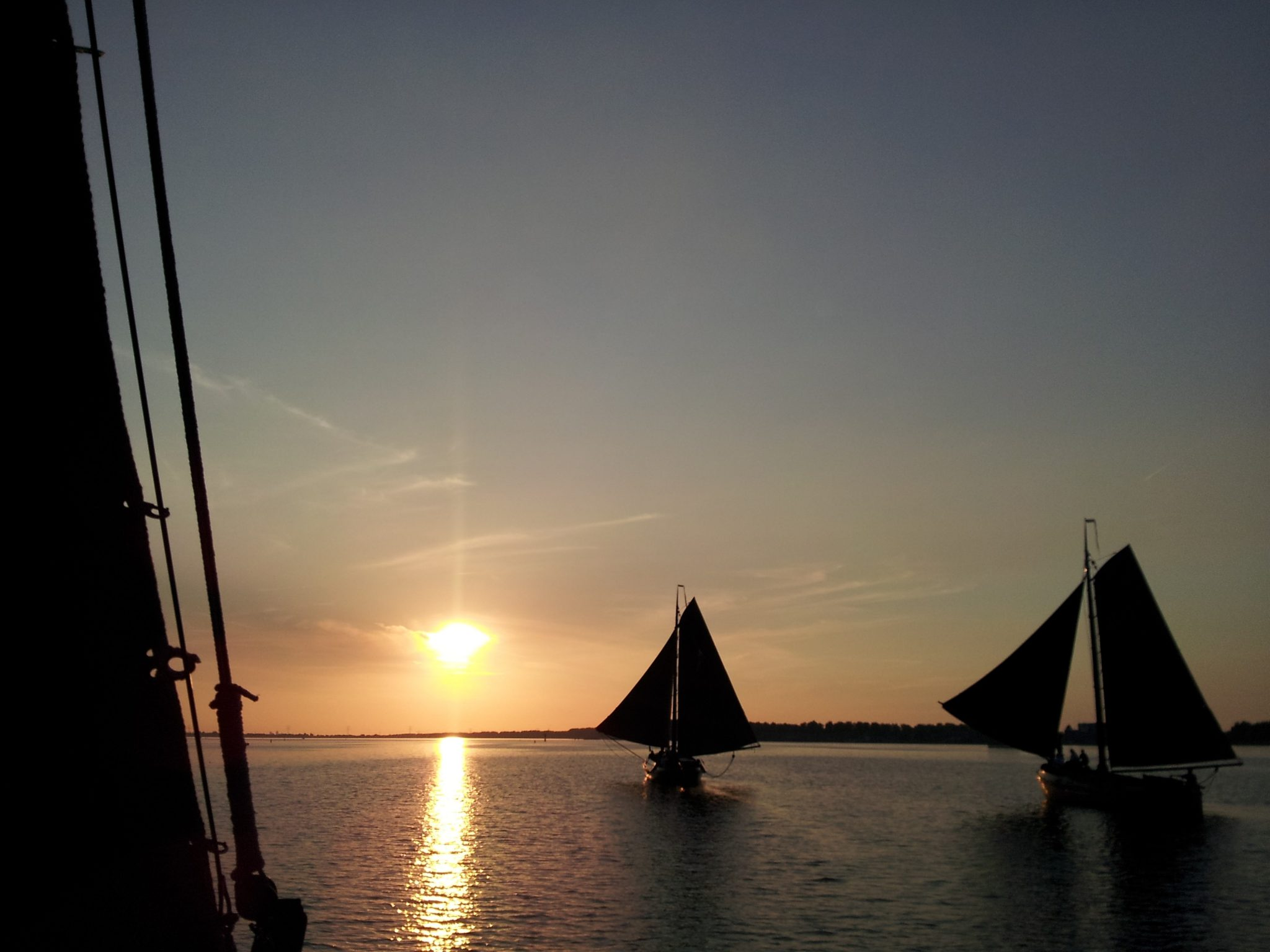Overstag column zomeravondwedstrijd for Driften betekenis