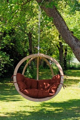 hangstoel aan boom